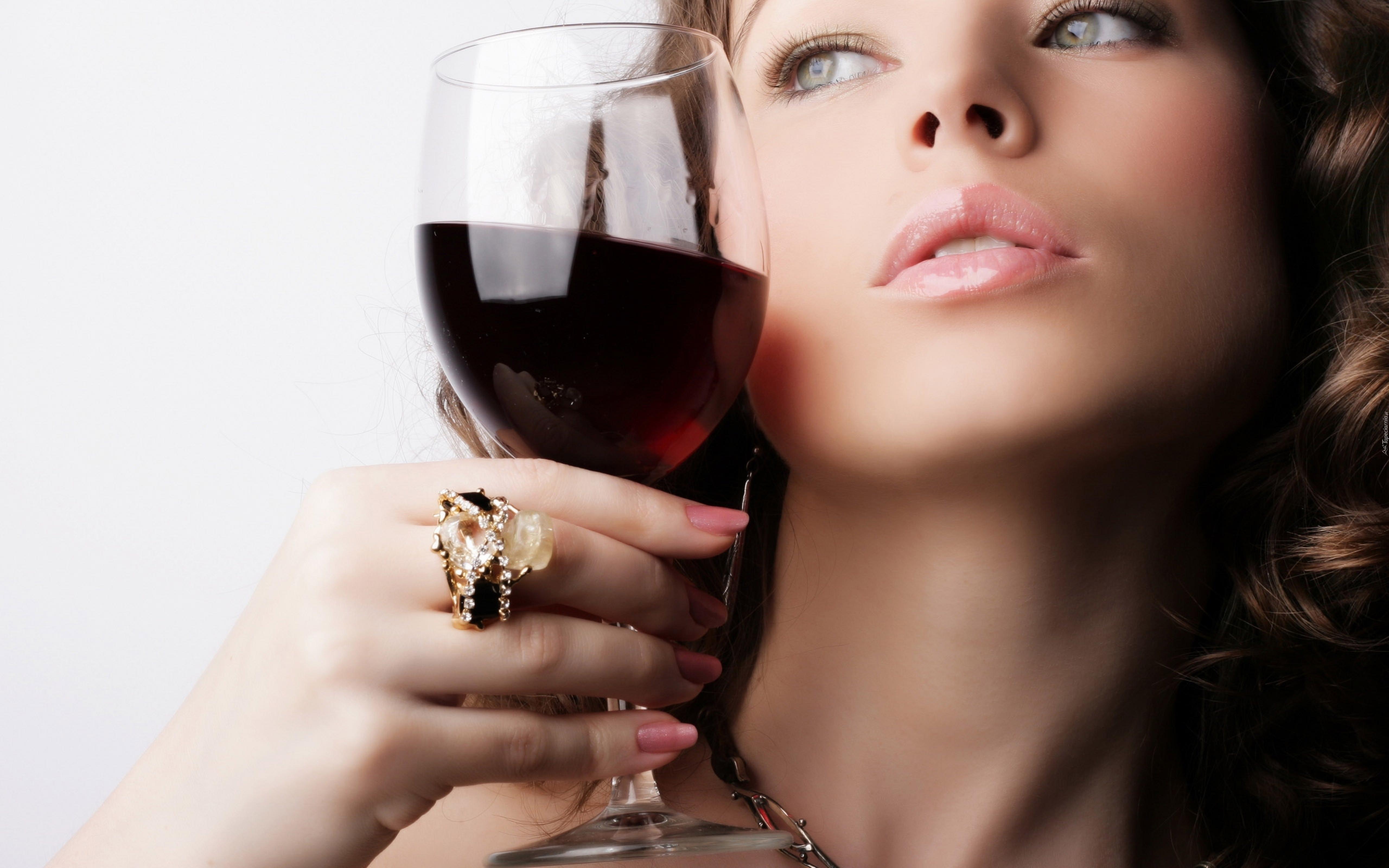 Фото как девочки пьют сперму 20 фотография