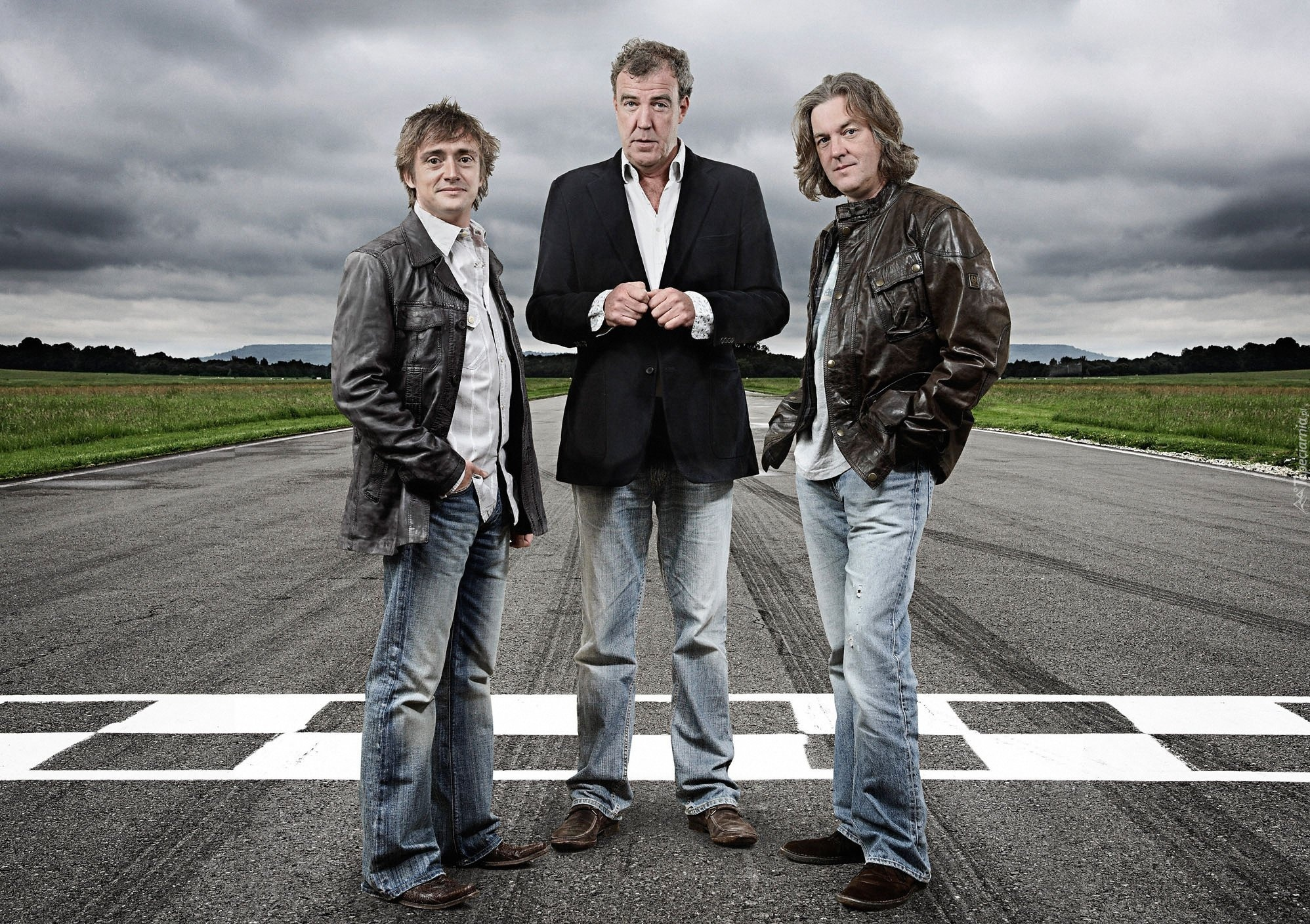 http://www.tapeciarnia.pl/tapeciarnia_pl.php?adres=90724_top_gear_prowadzacy_richard_hammond_jeremy_clarkson_james_may.jpg