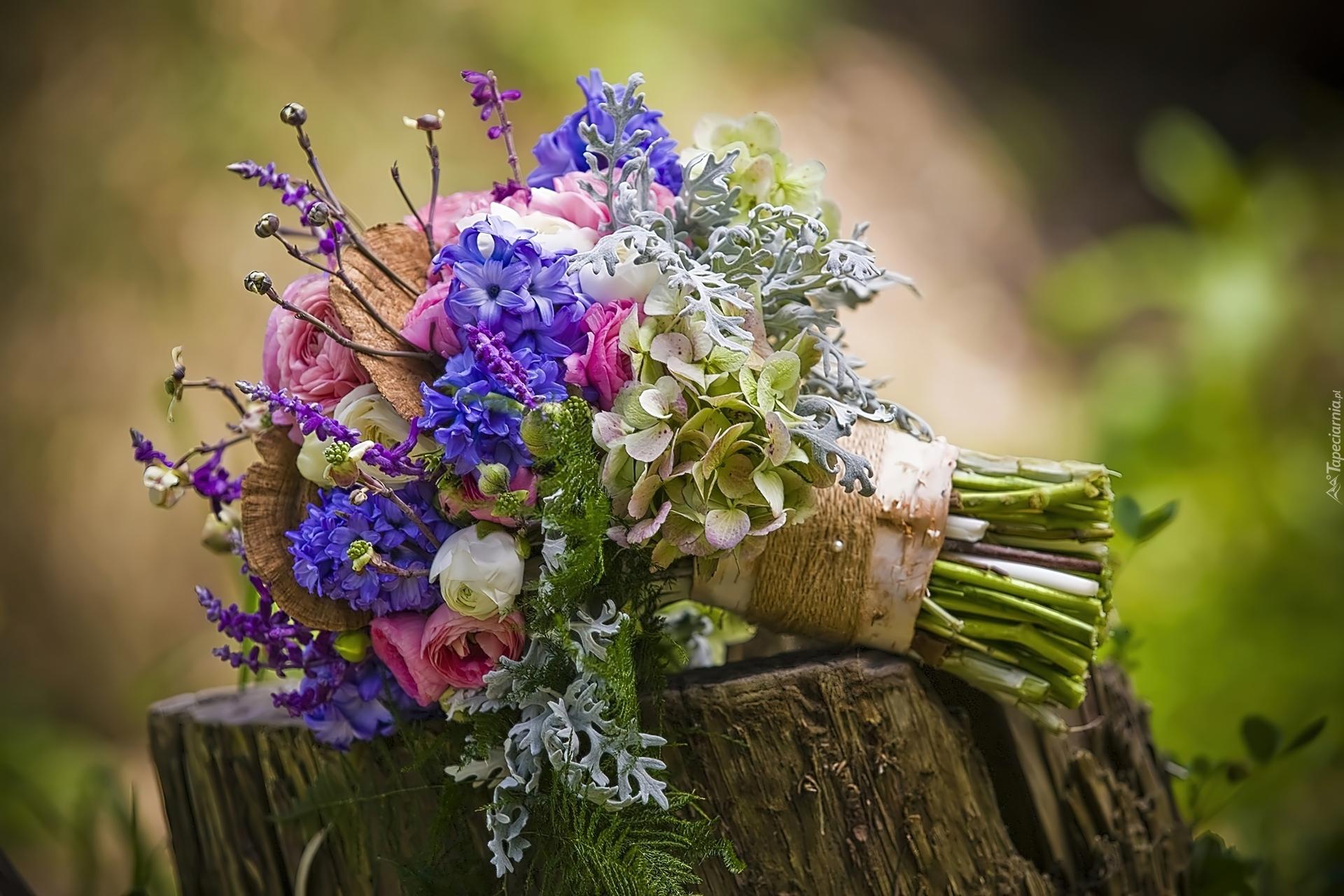 Obraz znaleziony dla: bukiety kwiatów