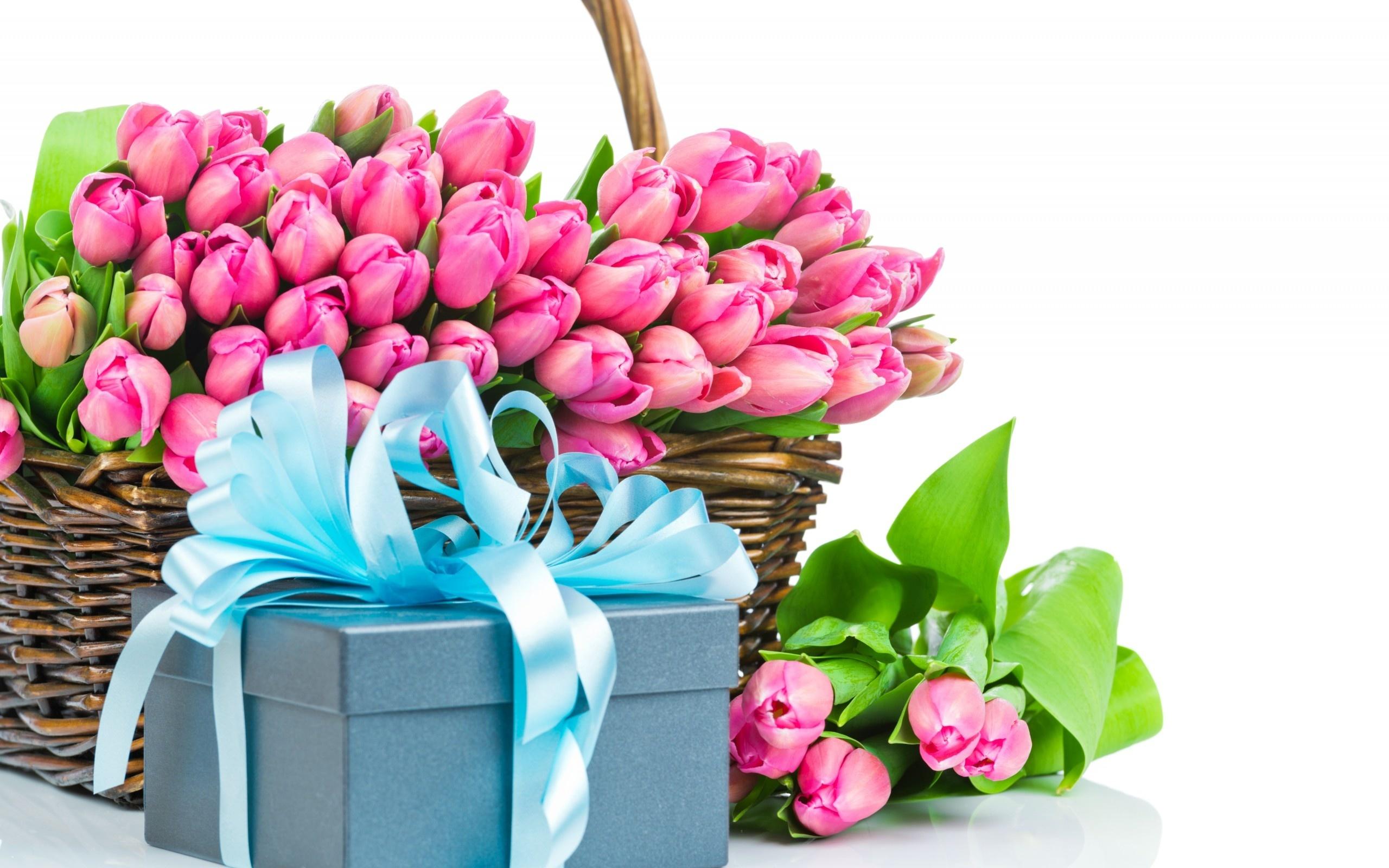 Корзинка цветов в подарок 88