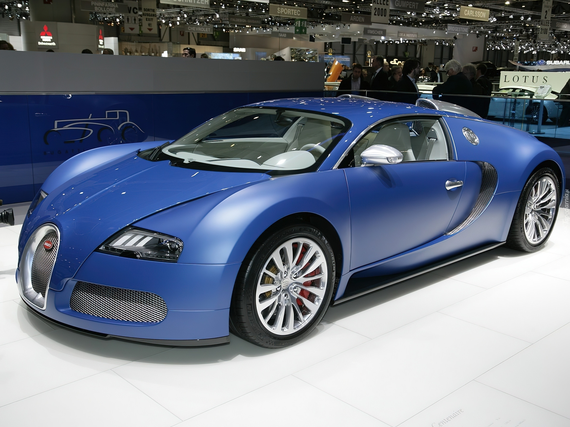 bugatti veyron bleu centenaire v12. Black Bedroom Furniture Sets. Home Design Ideas
