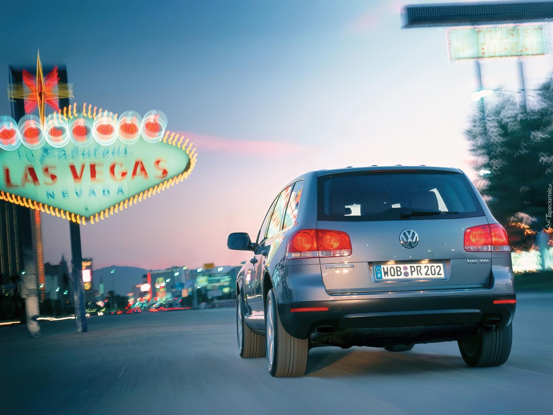 2003 Volkswagen Touareg.  Видео.