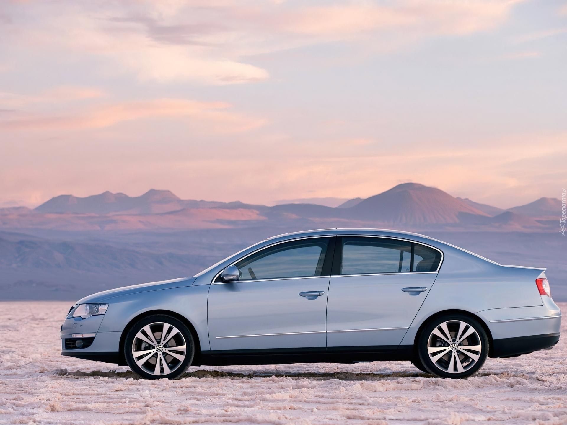 Фото Volkswagen Passat 2.0 FSI M…