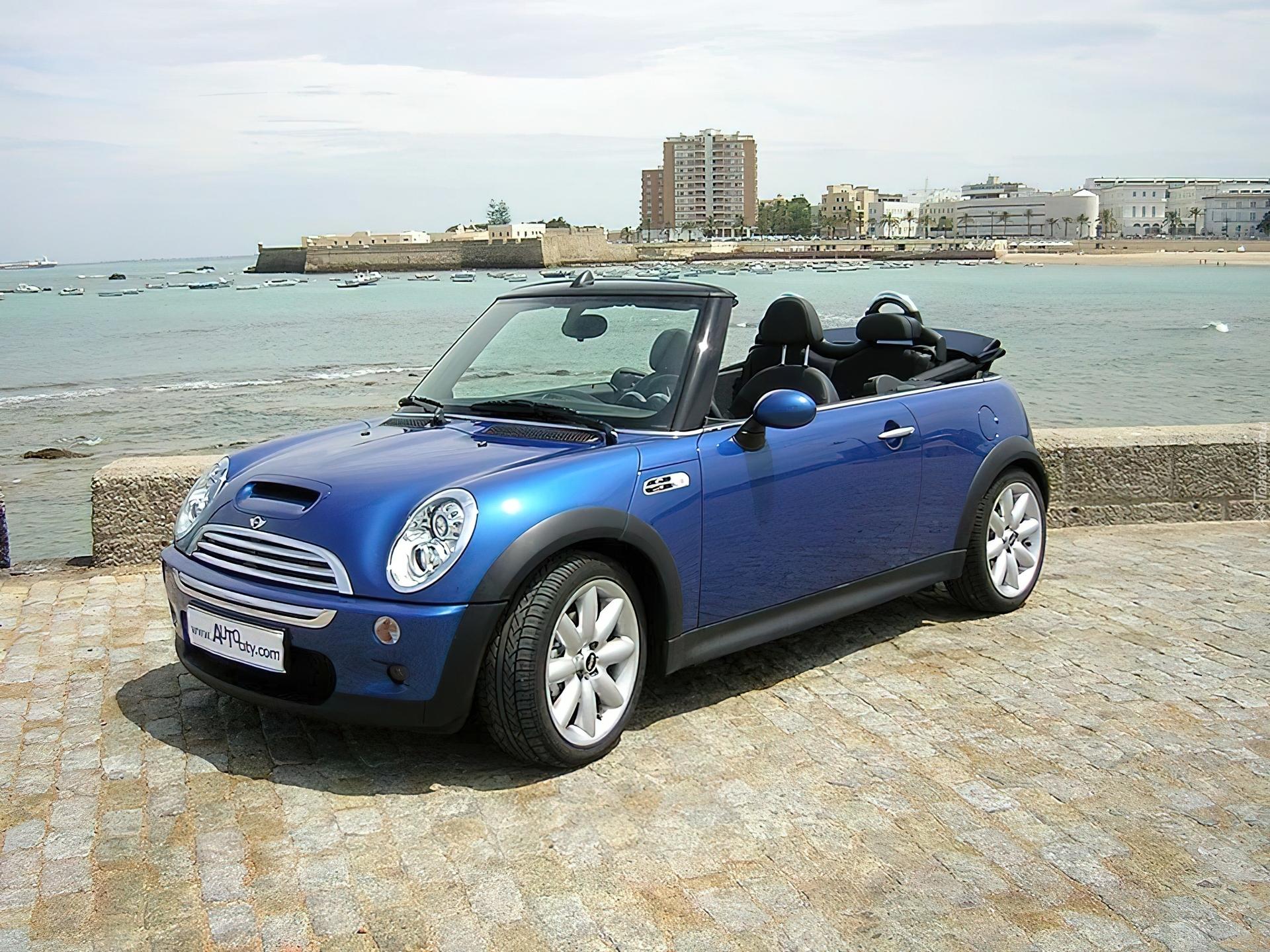 niebieskie mini one cabrio maska. Black Bedroom Furniture Sets. Home Design Ideas