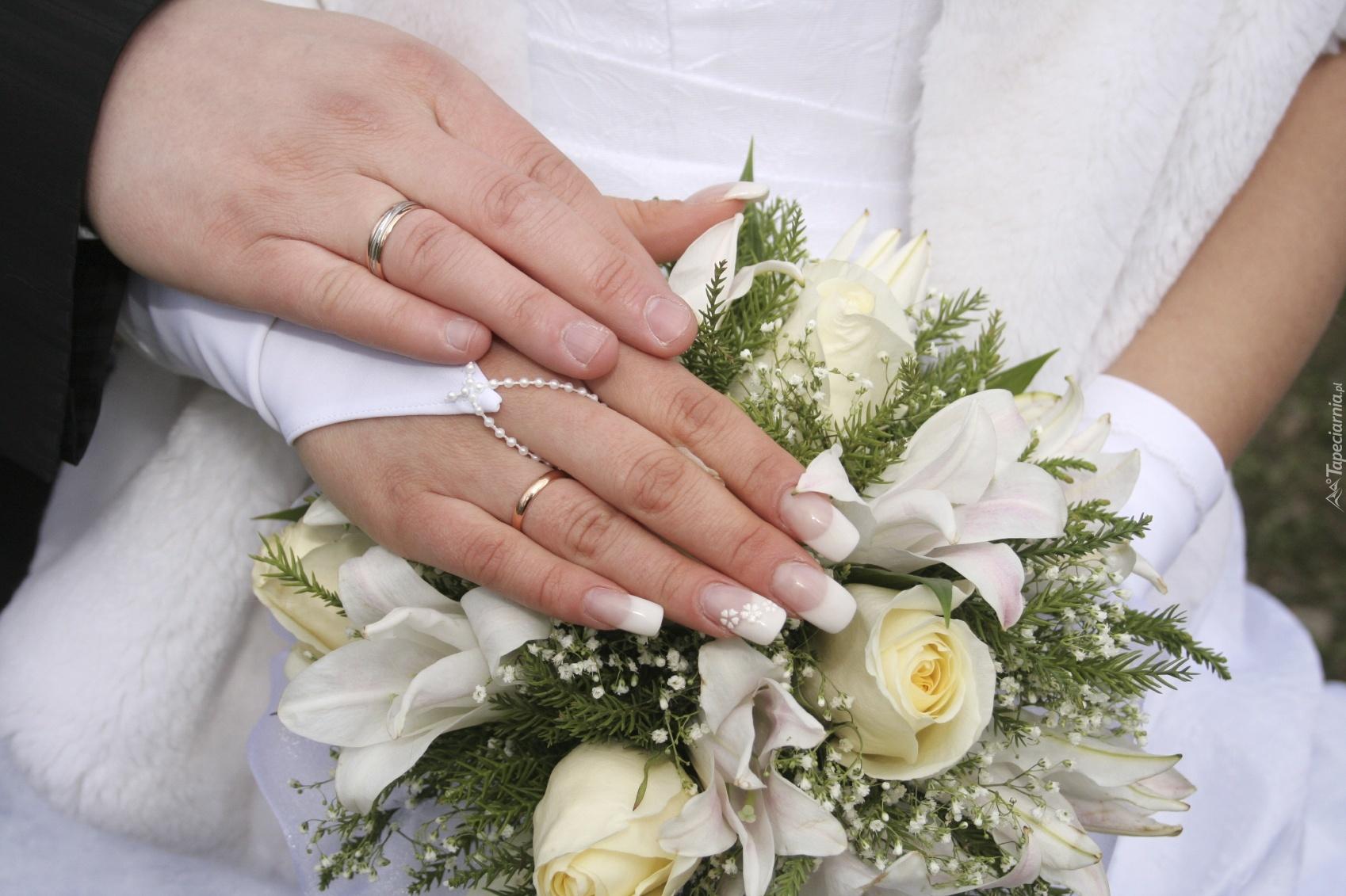 Свадебный мани-кюр идеально подходит для полета фантазий, ведь невеста