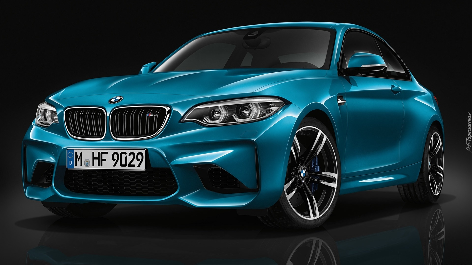 niebieskie bmw m2 coupe long beach blue metallic rocznik 2016. Black Bedroom Furniture Sets. Home Design Ideas