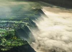 http://www.tapeciarnia.pl/tapety/srednie/234258_urwisko_mgly_krajobraz.jpg