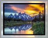 Stany Zjednoczone, Stan Wyoming, Park Narodowy Grand Teton, Góry, Teton Range, Jezioro, Las, Drzewa, Zachód słońca