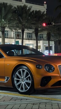 Bentley Continental GT V8 Coupe przodem