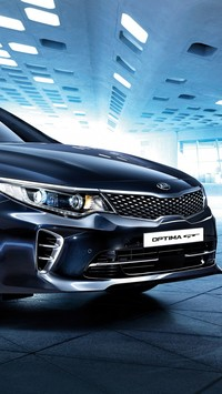 Kia Optima GT przodem
