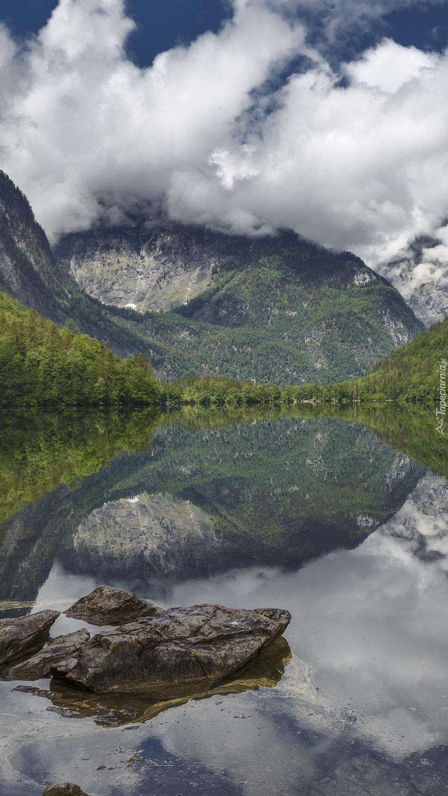 Alpy nad jeziorem Obersee