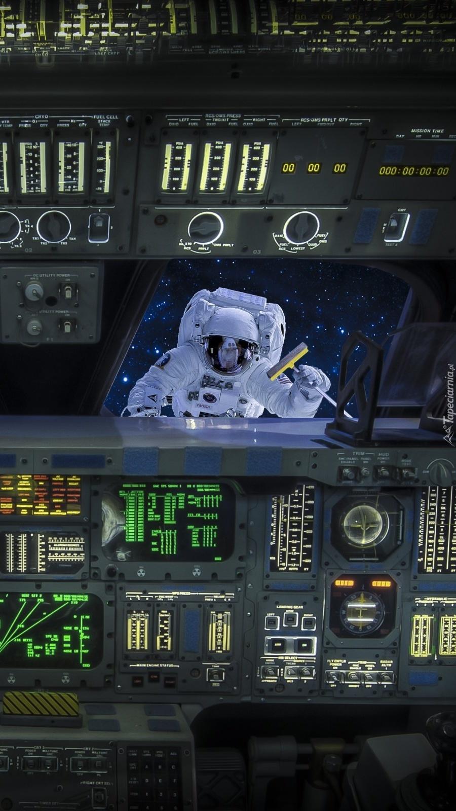 Astronauta w promie kosmicznym
