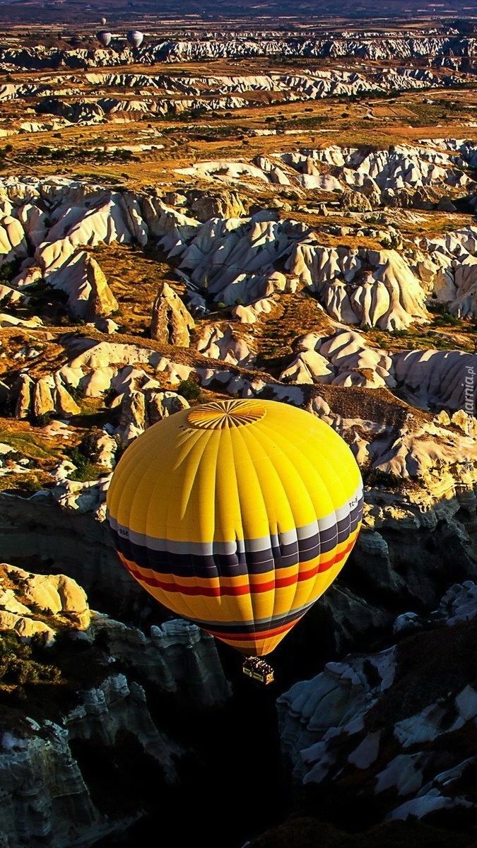 Balonem przez świat