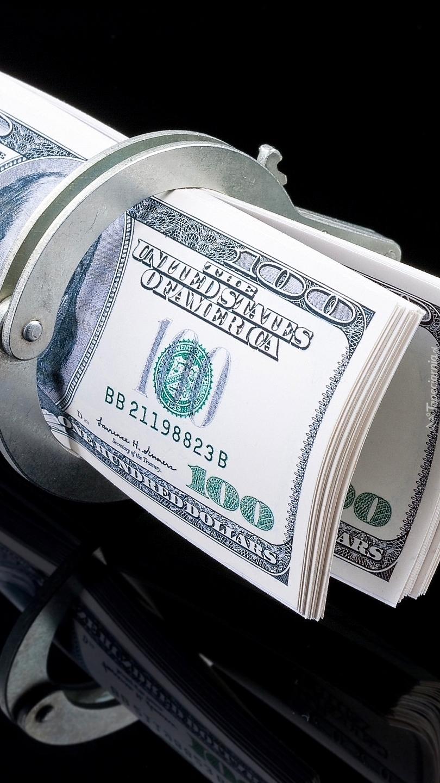 Banknoty w kajdankach