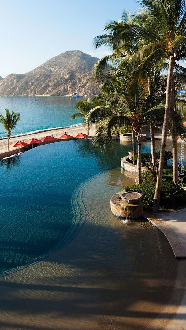 Basen w hotelu Hacienda Beach Club Residences