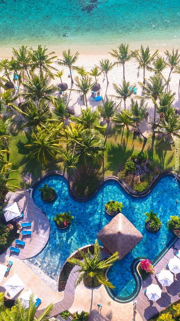 Basen w hotelu LUX Le Morne Resort