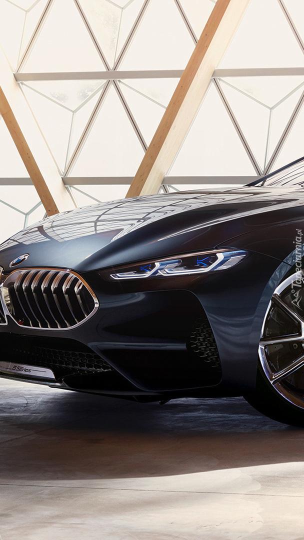 BMW M8 G15 przodem