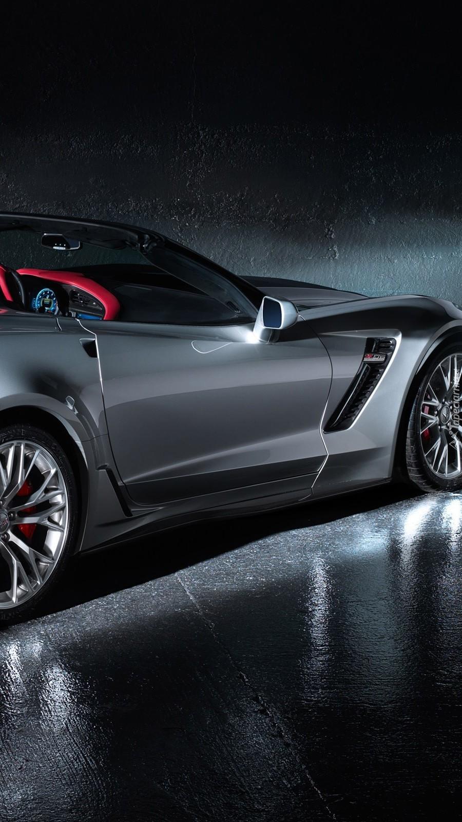 Bok Chevroleta Corvette