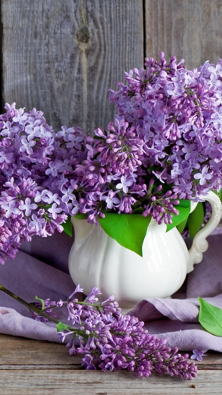 Bukiet fioletowego bzu
