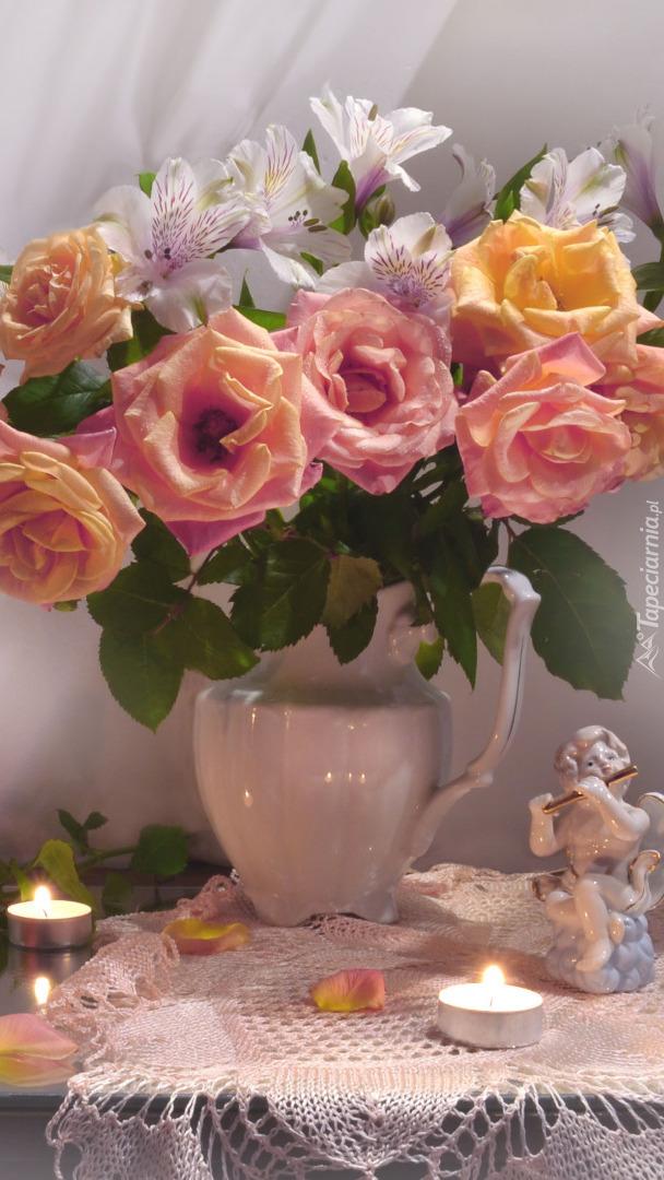Bukiet róż i alstremeri