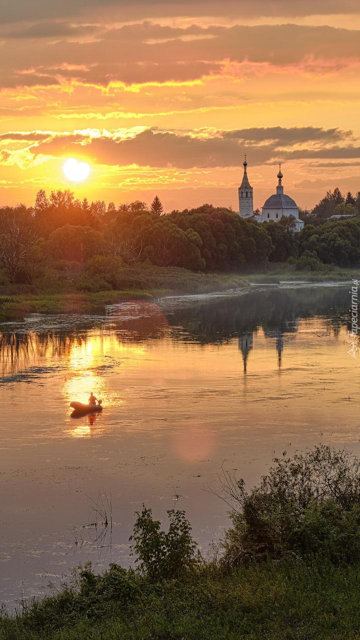 Cerkiew nad rzeką