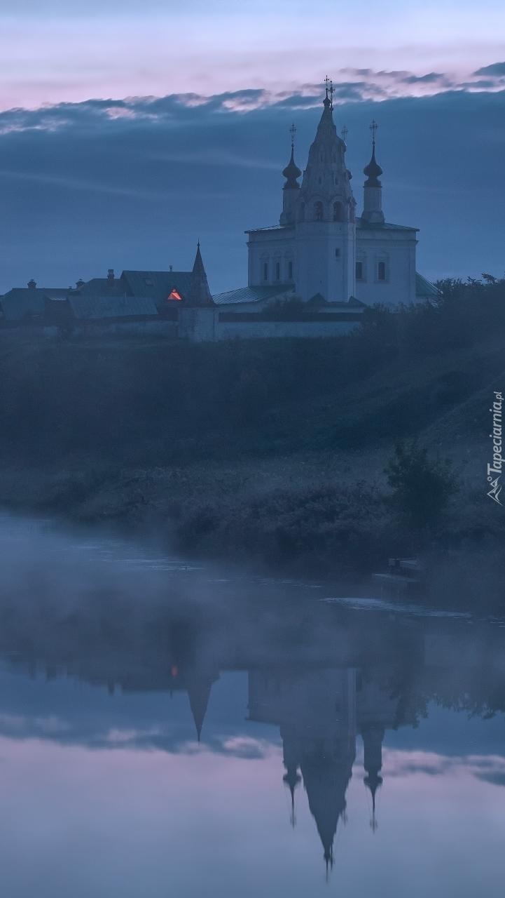 Cerkiew nad rzeką Kamienka
