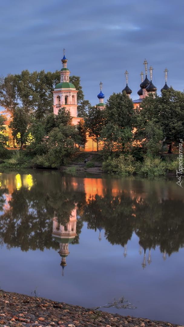 Cerkiew Objawienia Pańskiego nad rzeką