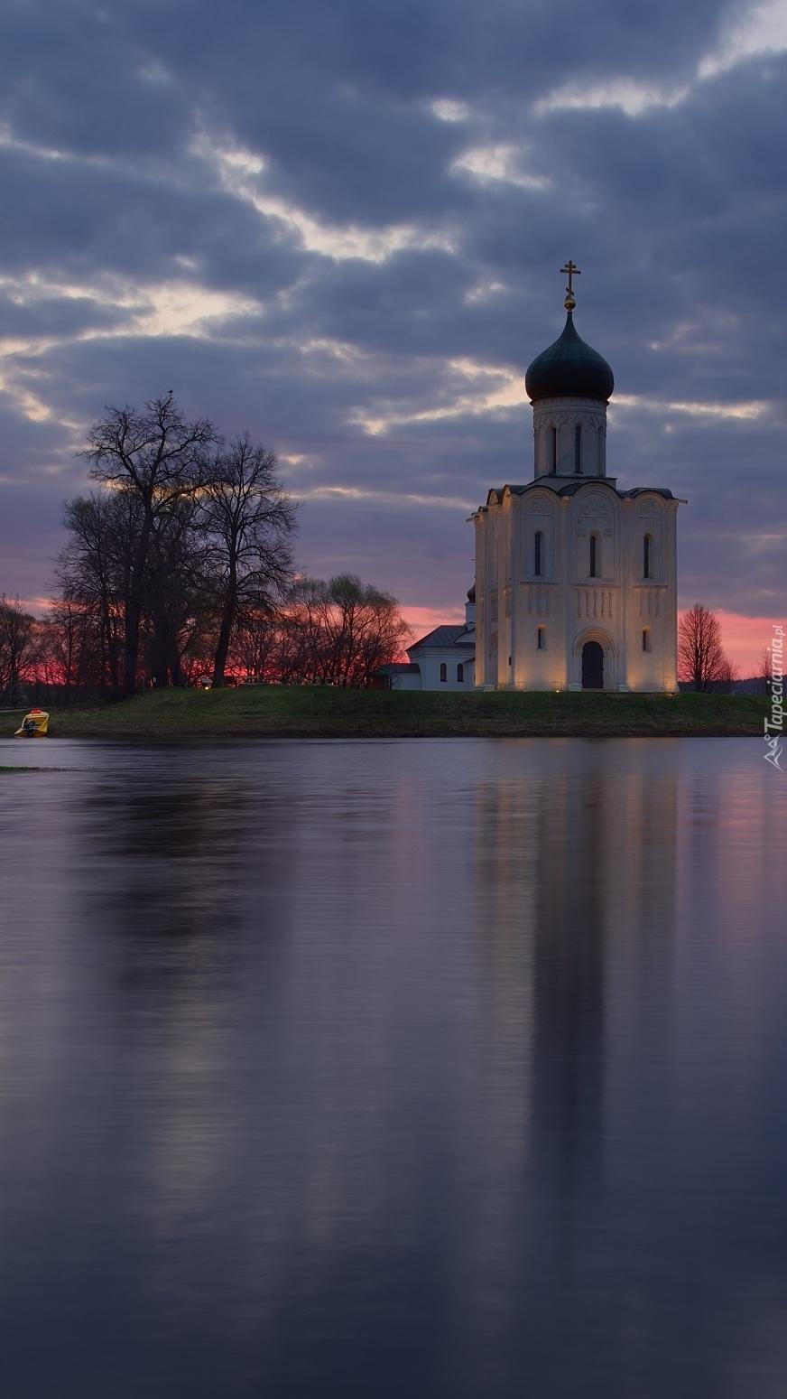 Cerkiew Opieki Matki Bożej nad rzeką Nerl