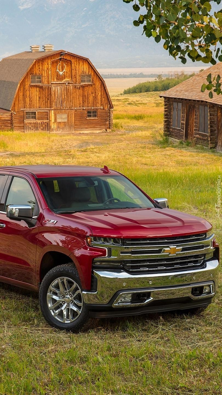 Chevrolet Silverado na ranczo