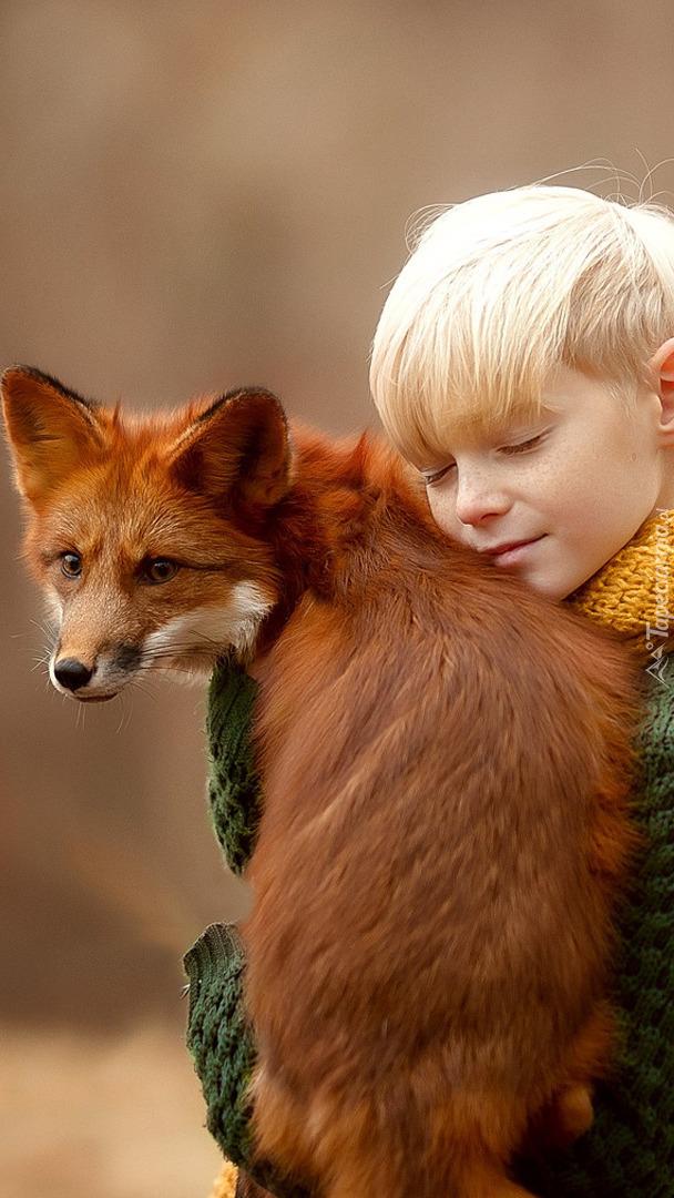 Chłopiec z lisem