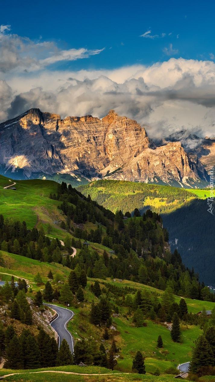 Chmury nad górami