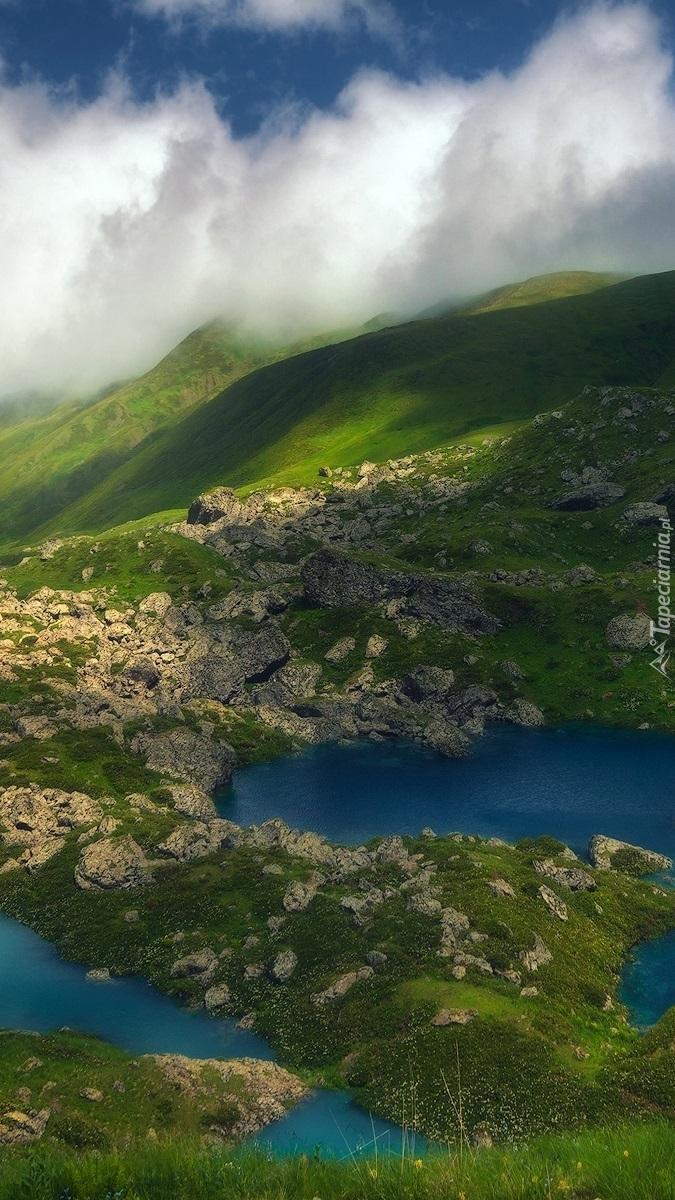 Chmury nad górami Kaukazu