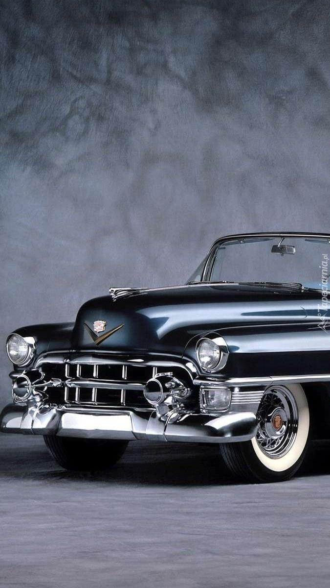 Czarny Cadillac Eldorado