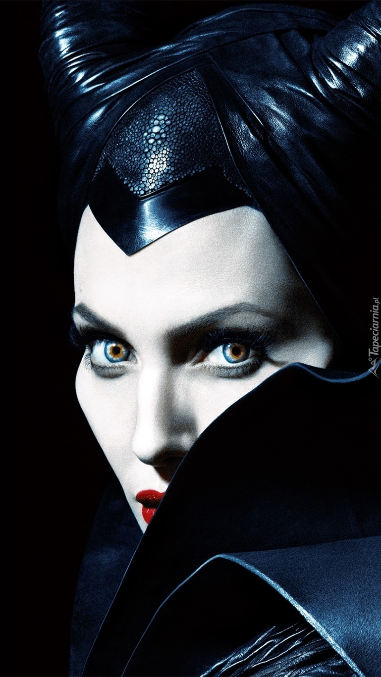 Czarownica Angelina Jolie