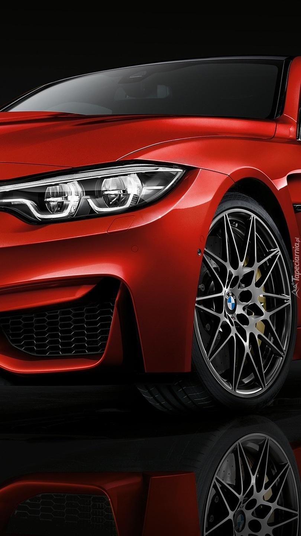 Czerwone BMW M4