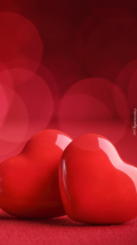 Czerwone lśniące serca