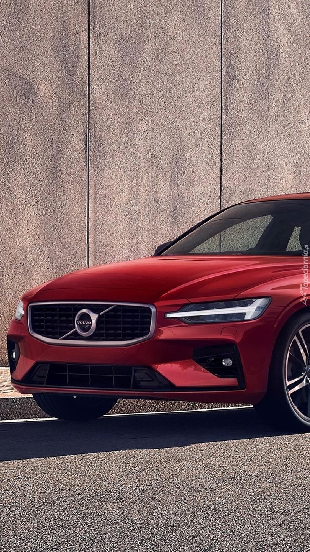 Czerwone Volvo S60 Polestar
