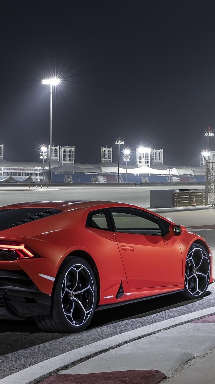 Czerwony Lamborghini Huracan