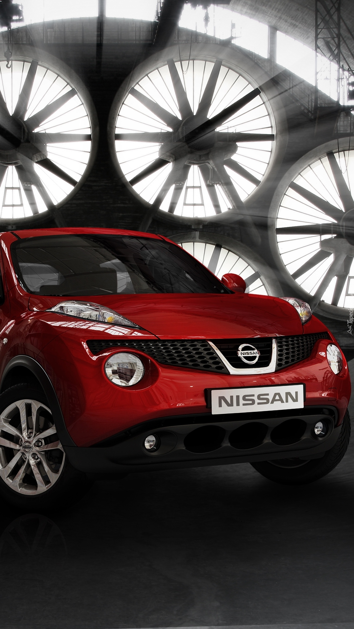Czerwony Nissan Juke SUV
