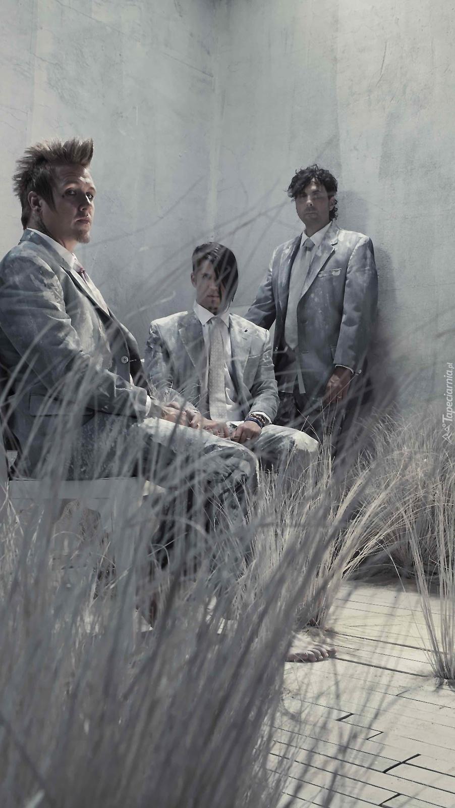 Członkowie zespołu Papa Roach
