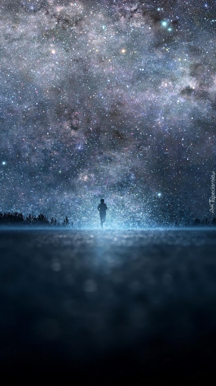 Człowiek biegnie w stronę gwiazd