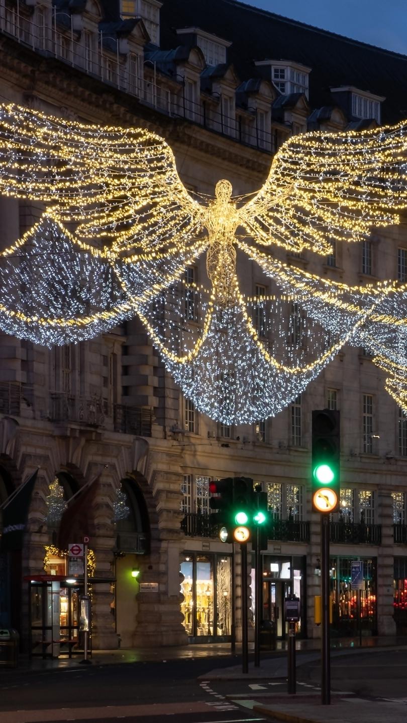 Dekoracja świąteczna na ulicy