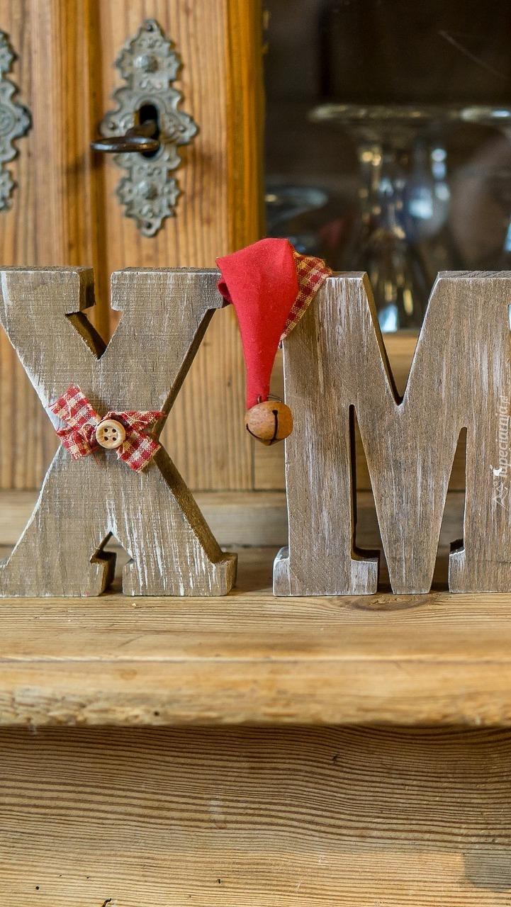 Dekoracyjne drewniane litery