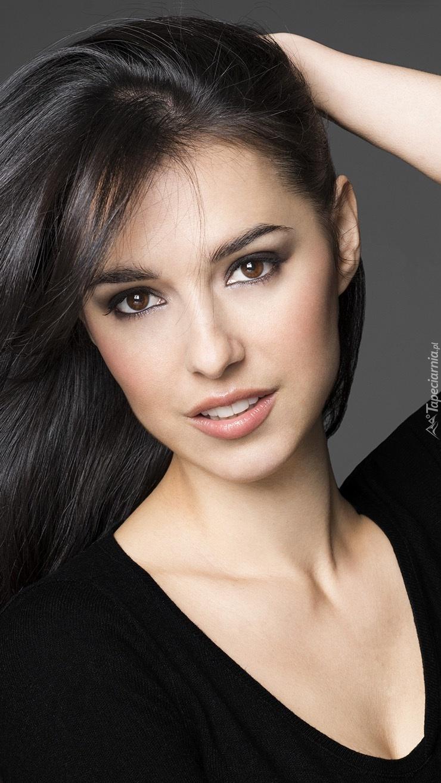 Delikatny makijaż Cristiny Brondo