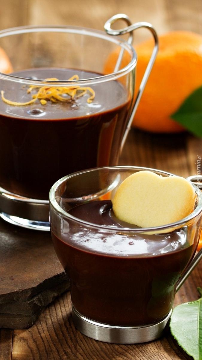 Deser czekoladowy ze skórką pomarańczy i ciasteczkiem