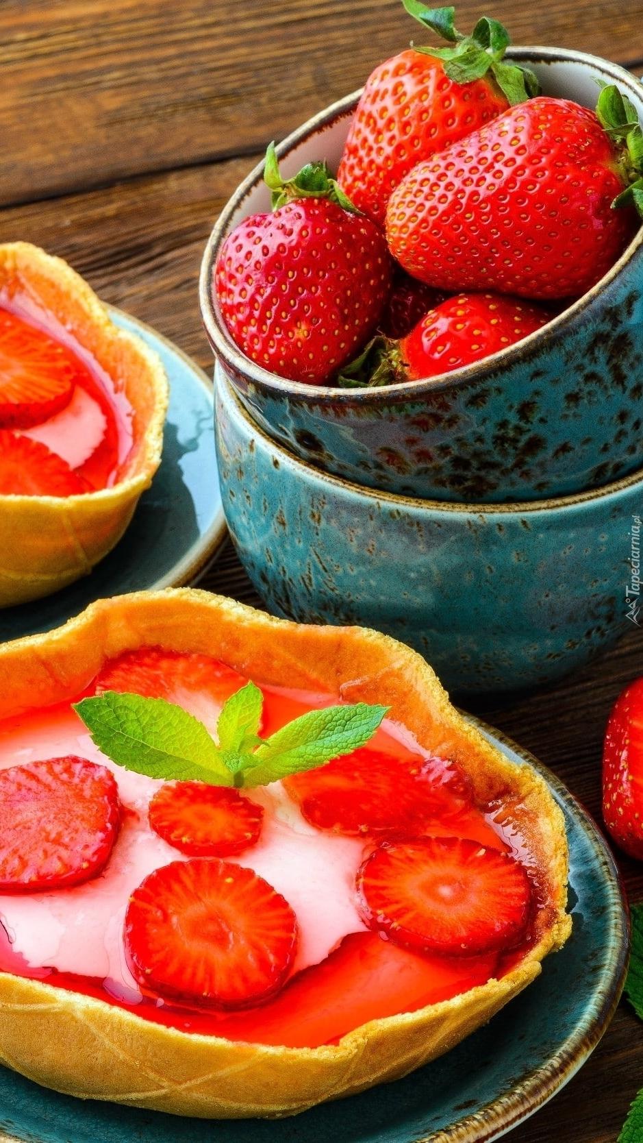 Deser z truskawkami