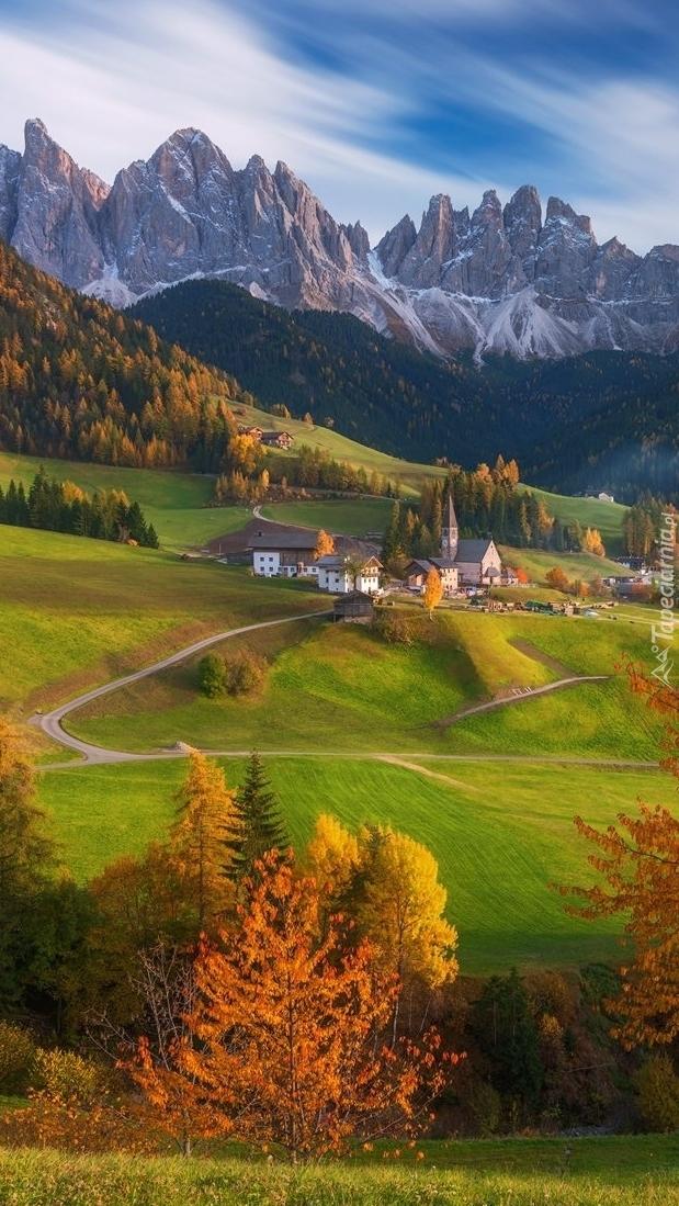 Dolina Val di Funes jesienią