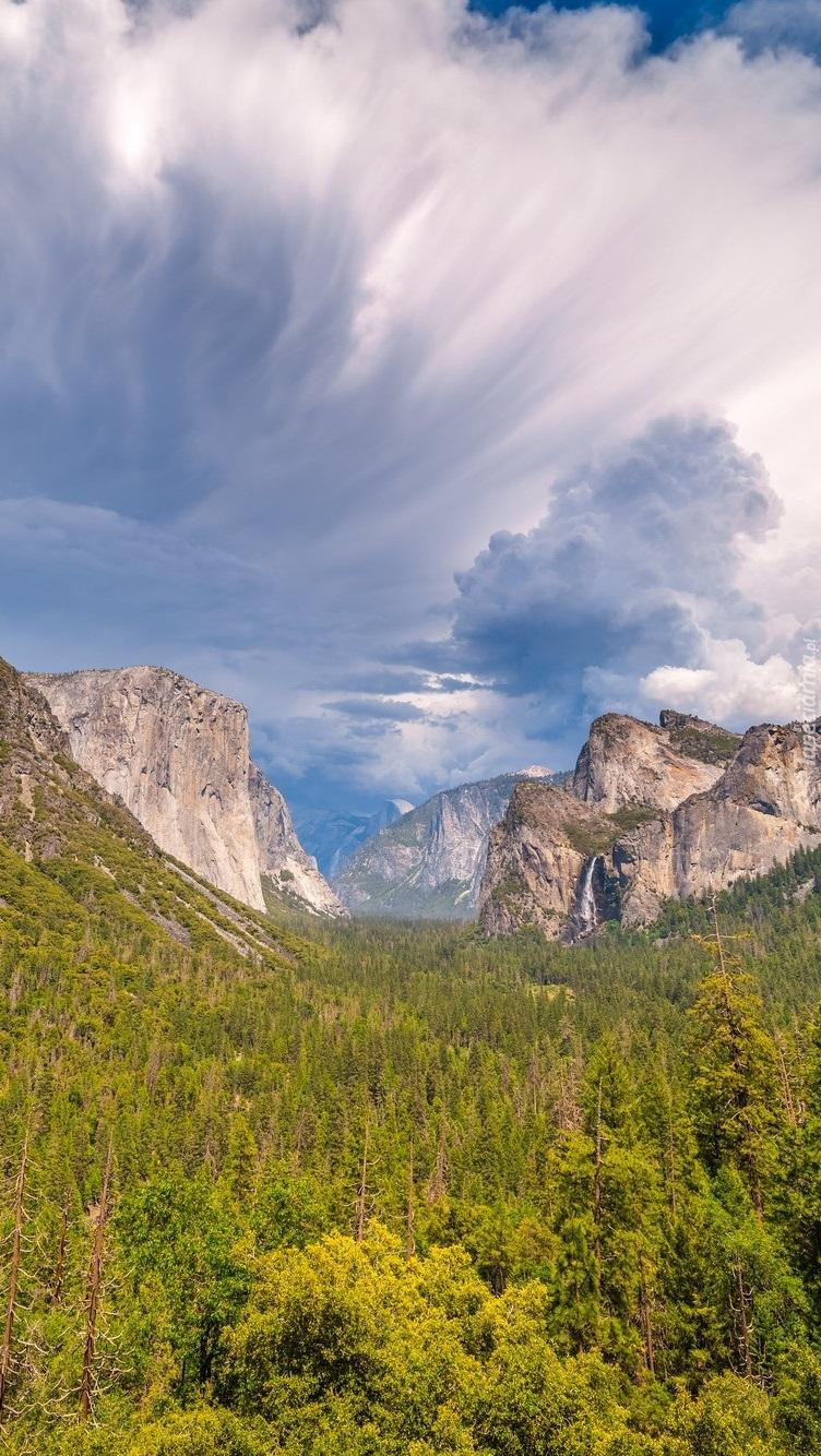 Dolina Yosemite Valley w Kalifornii