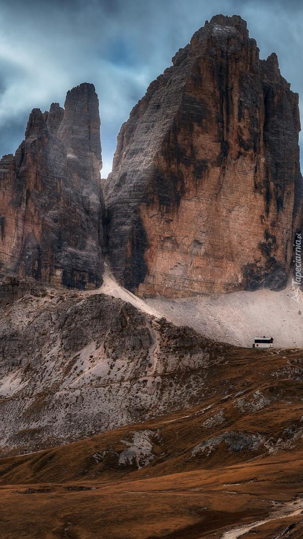 Dom u podnóża gór Tre Cime di Lavaredo
