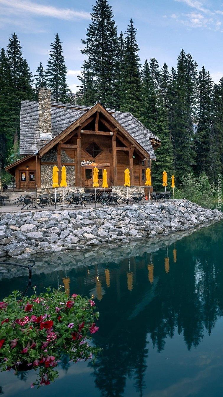 Domek nad jeziorem Emerald